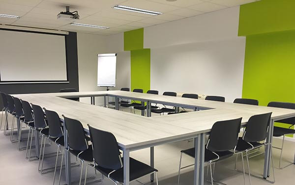 Meeting Modern Room Conference 159805